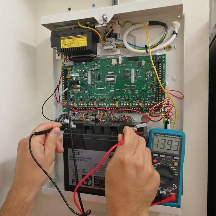 Biztonságtechnikai rendszerek karbantartása